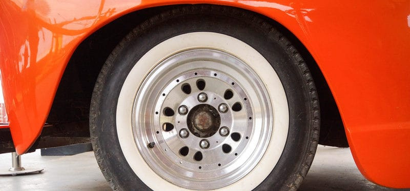this is a picture of a white wall tire as part of our guide to buying white wall tires